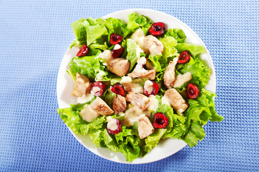 Domo-Receta de Julio: Ensalada de pollo y cerezas con garbanzos