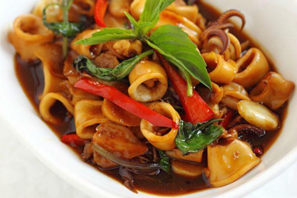 Receta wok de verduras con calamar